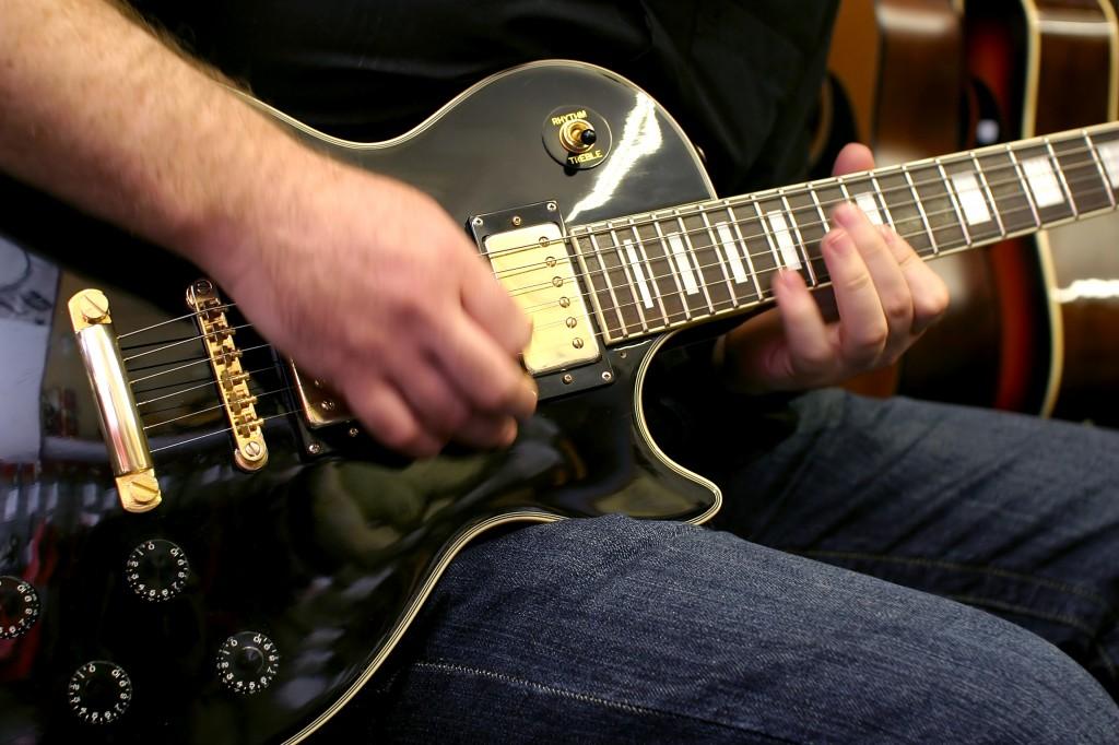 Pour choisir votre guitare suivez mes conseils