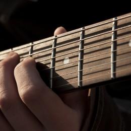 Mes astuces pour des cordes de guitare au top